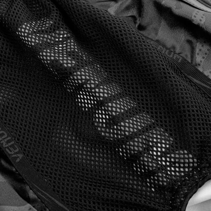 Pantaloncini Muay Thai Venum Full Cam Nero Spedizione Gratuita
